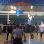 Турнир по волейболу памяти Курбана Алиева прошел в районе.