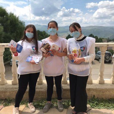 Волонтеры «Конституции» Дахадаевского района продолжают информировать жителей