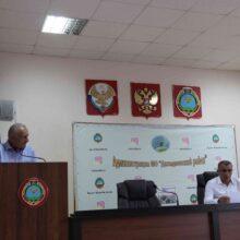 В Дахадаевском районе обсудили ход уборки урожая и подготовку к следующему севу.