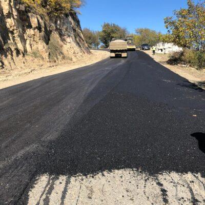 Дорогу республиканского значения ремонтируют в Дахадаевском раойне