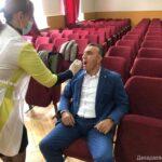 Сотрудники администрации Дахадаевского района прошли тестирование на коронавирус