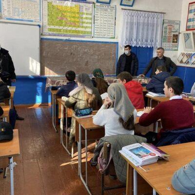 Сотрудники ОМВД провели разъяснительные беседы со школьниками