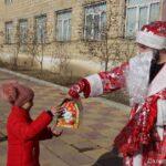 Детям медиков в Дахадаевском районе вручили подарки