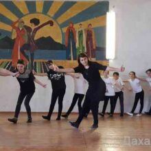 Мастер-класс по дагестанским народным танцам прошел в Центре традиционной культуры народов России селении Морское