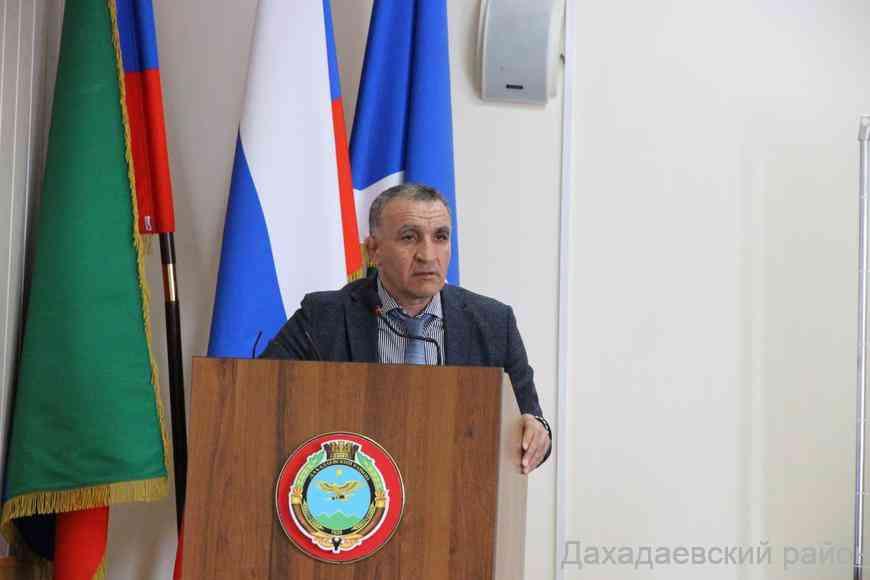 Глава Дахадаевского района Джарулла Омаров прокомментировал тезисы, озвученные президентом РФ Владимиром Путиным во время Послания Федеральному собранию.