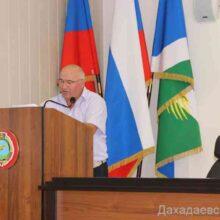 Вопросы подготовки избирательных участков к выборам рассмотрели в администрации Дахадаевского района.